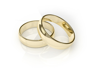 Overlapping Wedding Rings
